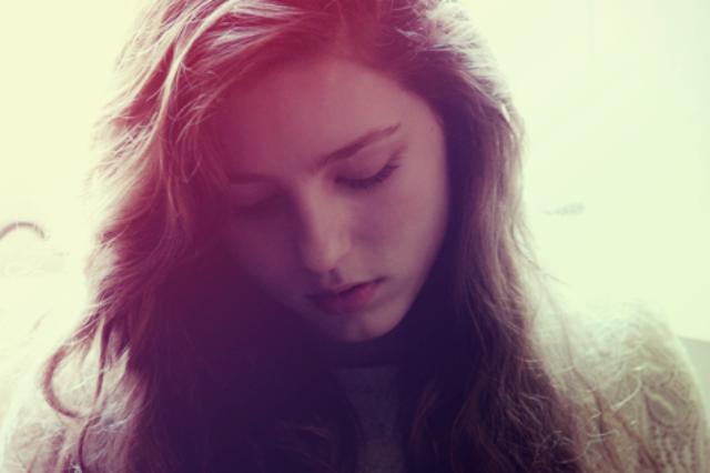 Former Open Mic Uk Winner Birdy Storms The Charts 247