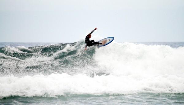 st-agnes-surfer-21