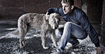 PLYMOUTH'S DRUM THEATRE HOSTS MOVING PLAY IVAN AND THE DOGS