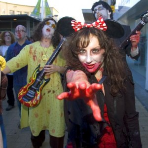 THOUSANDS OF ZOMBIES TAKE OVER CENTRAL BRISTOL