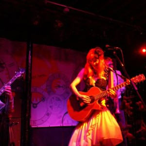REVIEW: GABBY YOUNG AND OTHER ANIMALS AT BRISTOL FLEECE (04/12/2010)