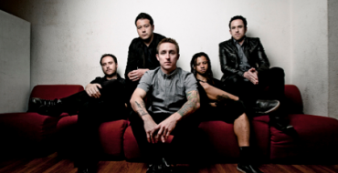 REVIEW: YELLOWCARD AT THE NEWPORT CENTRE (05/03/11)