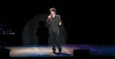 REVIEW: DYLAN MORAN AT BRISTOL HIPPODROME (02/06/11)