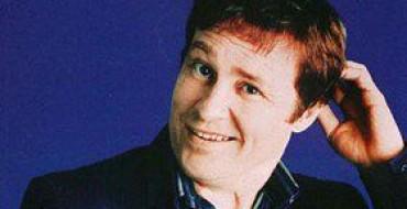 REVIEW: ARDAL O'HANLON AT BRISTOL COMEDY GARDEN (23/07/11)