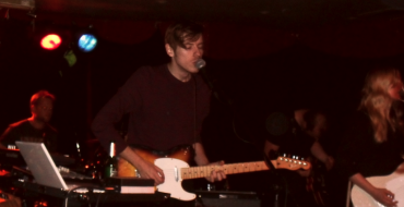 REVIEW: LANTERNS ON THE LAKE AT BRISTOL COOLER (23/11/11)